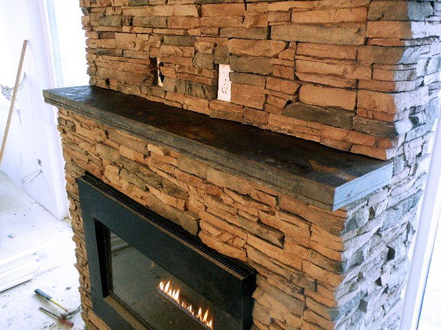 Slate rock fireplace mantels slate fireplace mantel 002 - Rockabilly mantel ...